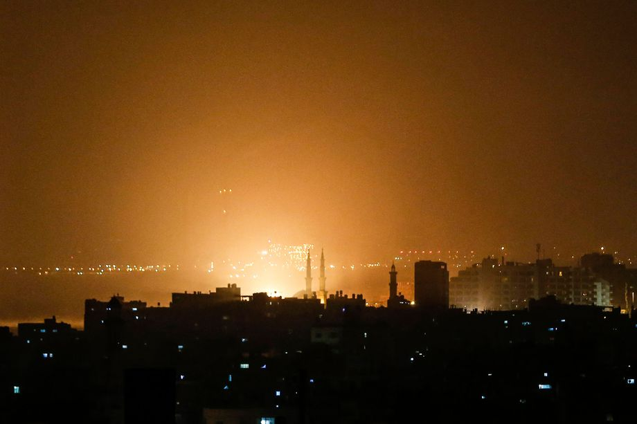 Israel: Israel strikes dozens of Hamas targets in response to rockets fired on Tel Aviv by Islamic Jihad group