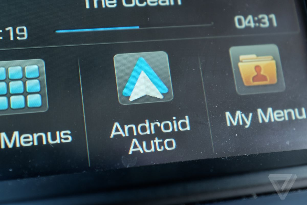 Now you can use Facebook Messenger in Android Auto - The Verge