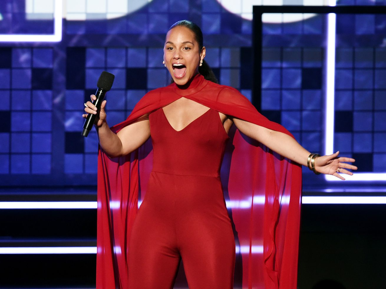 Alicia Keys is so happy to be hosting the 2019 Grammys, you guys.