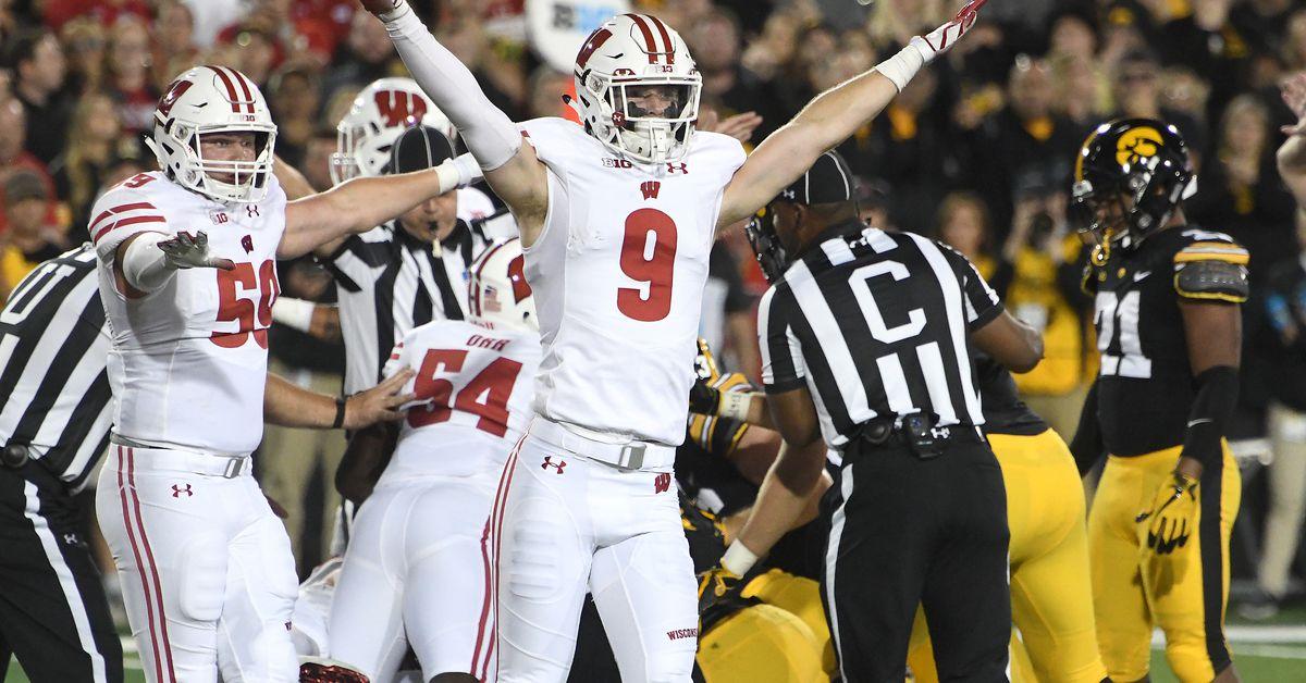 Big Ten Preview: Michigan, Mike Hart Set the Pace   Bleacher