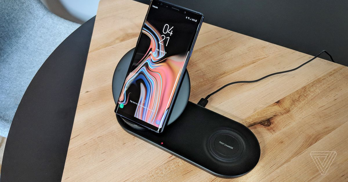Samsung made a fast new dual wireless charger that props up your phone
