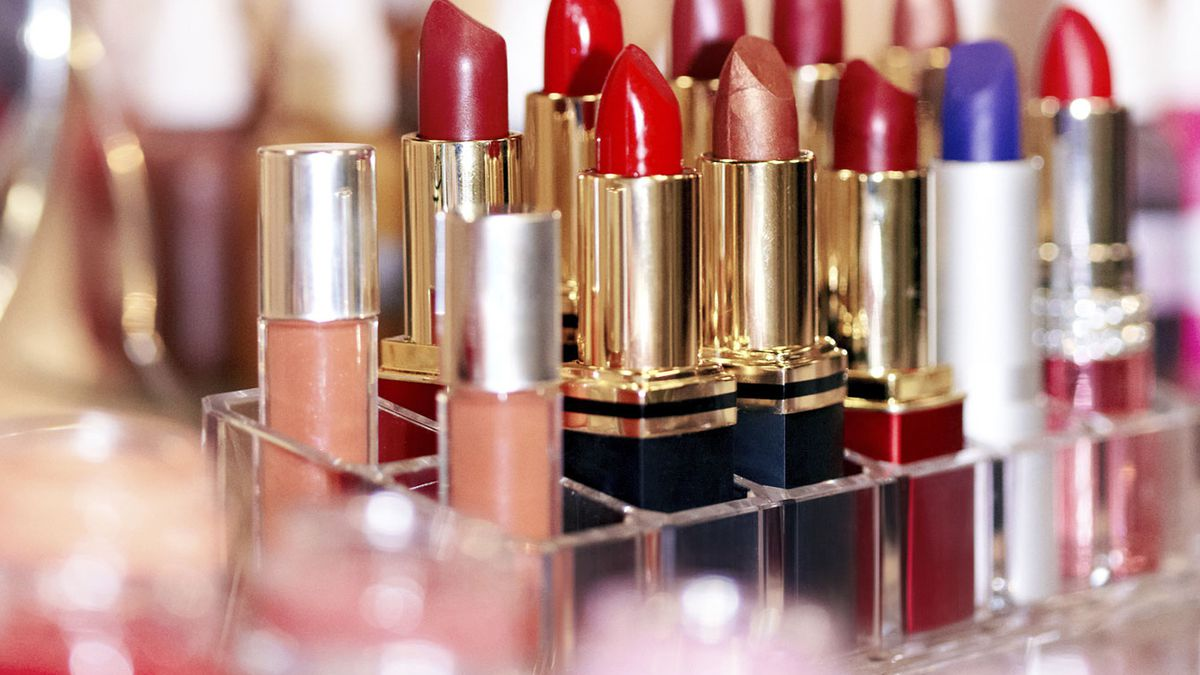 Inside the Strangely Profitable World of Discontinued Beauty