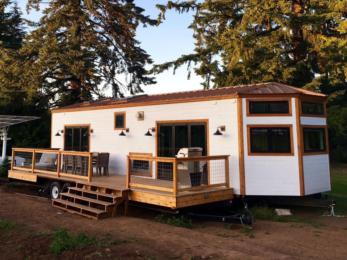 400-square-foot Hawaiian tiny house brings the outdoors in