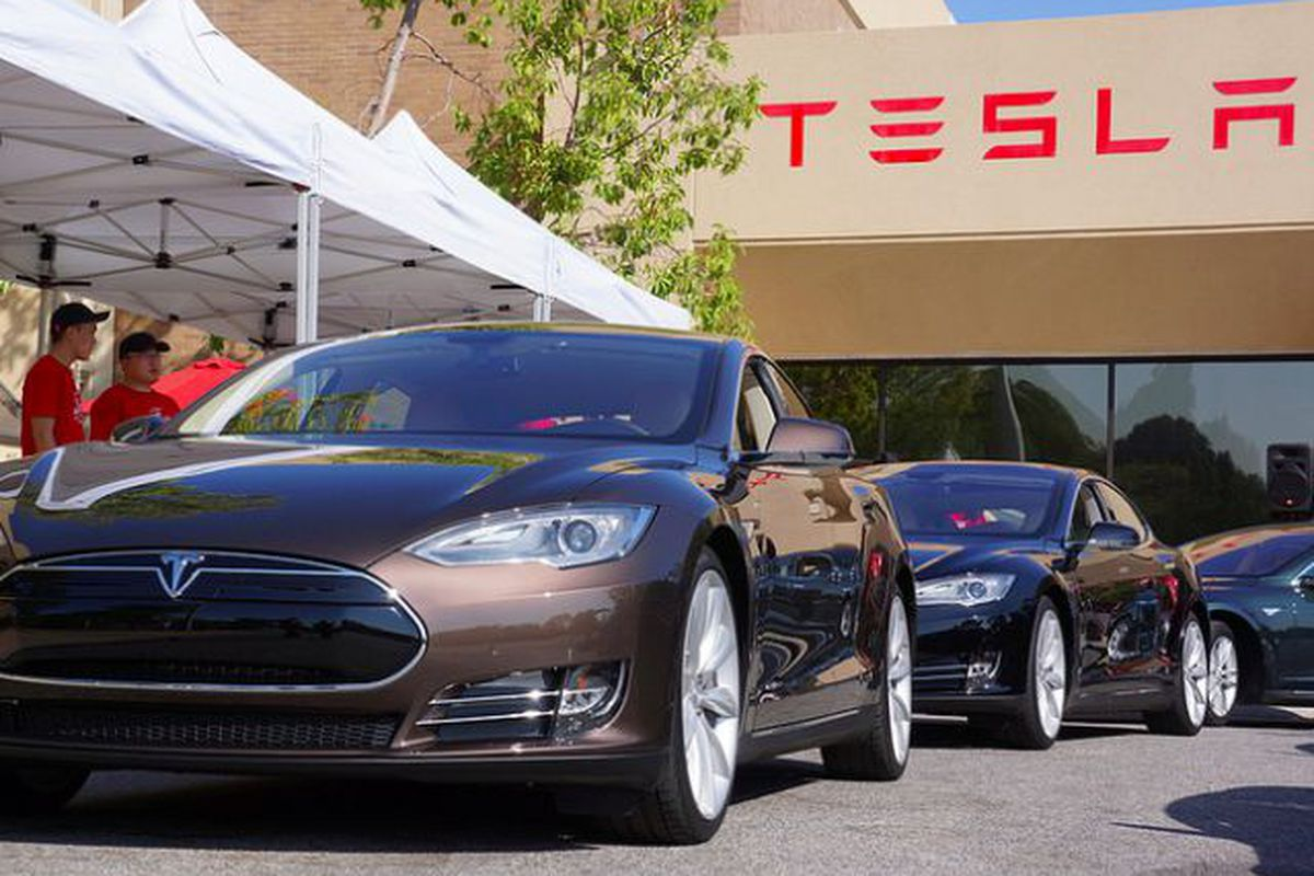 Tesla\'s latest Autopilot crash is just one of many problems it is ...