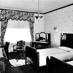 A room at the Hotel Utah during its 75th anniversary in 1986.