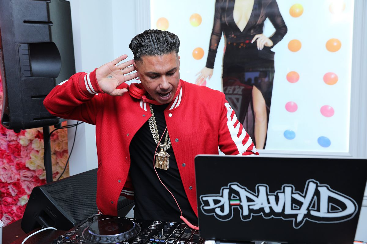 Jersey Shore star and DJ, Pauly D performs at the grand opening of the Sugar Factory at Mall of America on November 22, 2019 in Bloomington, Minnesota.