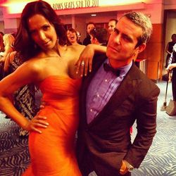 """""""Padma & I are feeling each other up at the bar #Emmys""""-Andy Cohen"""