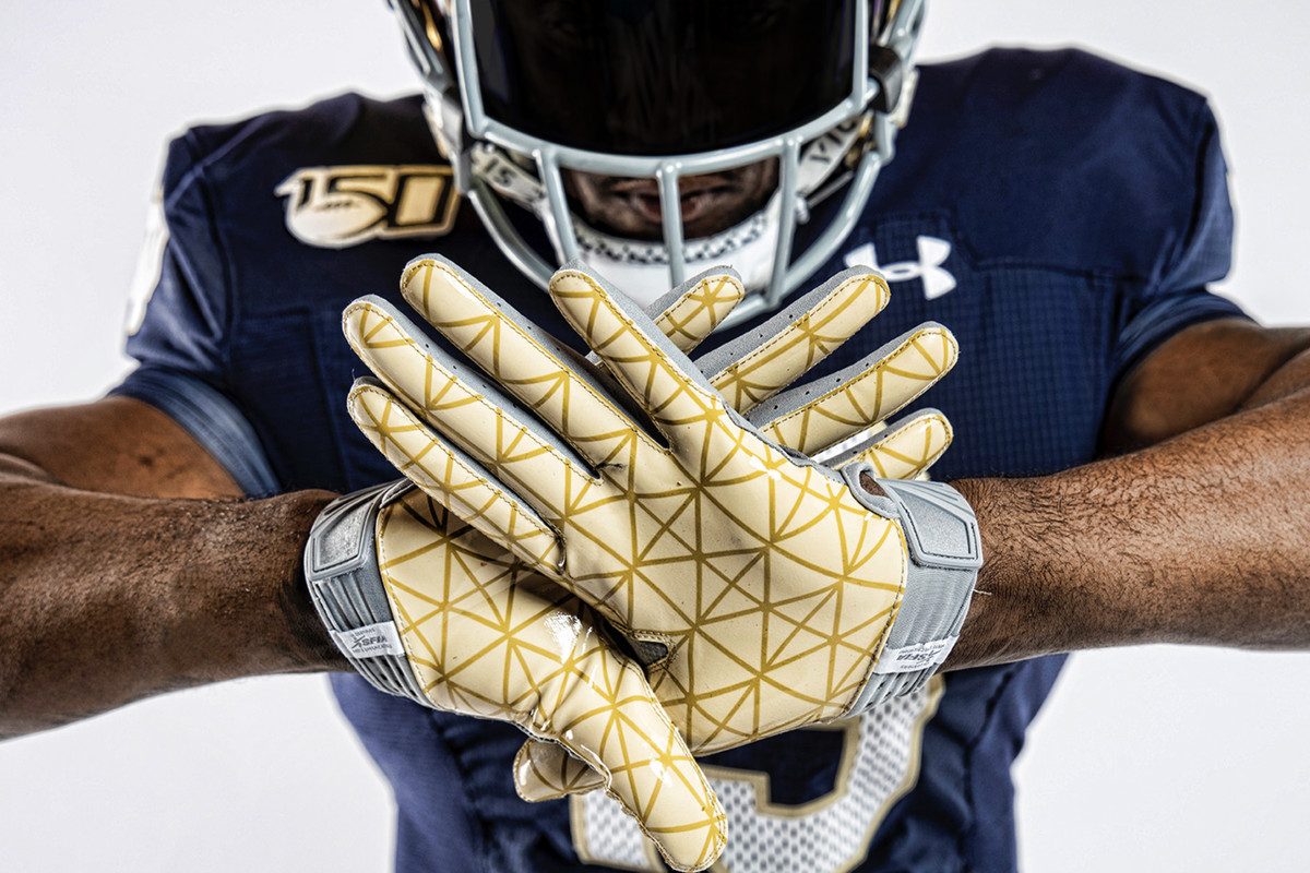 the latest 40a7e 63f9e Notre Dame and Under Armour blow an opportunity with '88 ...
