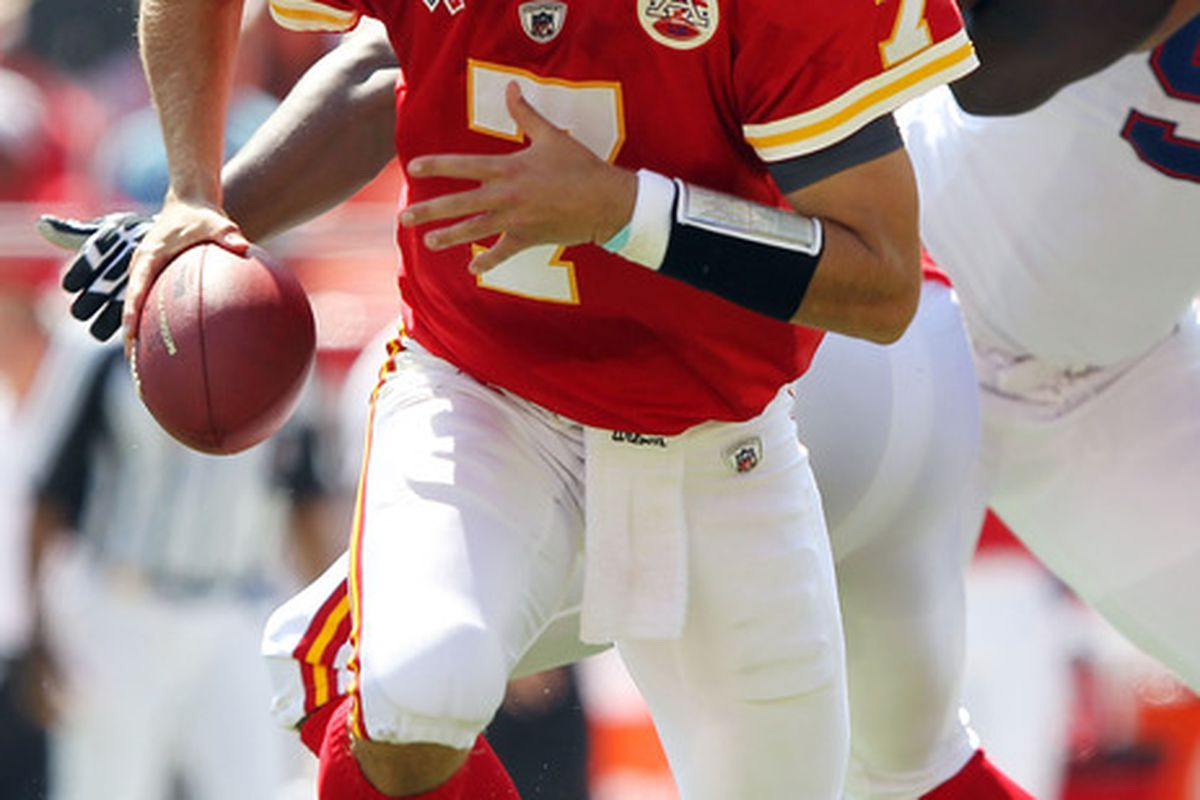 KANSAS CITY, MO - SEPTEMBER 11:  Quarterback Matt Cassel #7 of the Kansas City Chiefs in action during the game against the Buffalo Bills at Arrowhead Stadium on September 11, 2011 in Kansas City, Missouri.  (Photo by Jamie Squire/Getty Images)