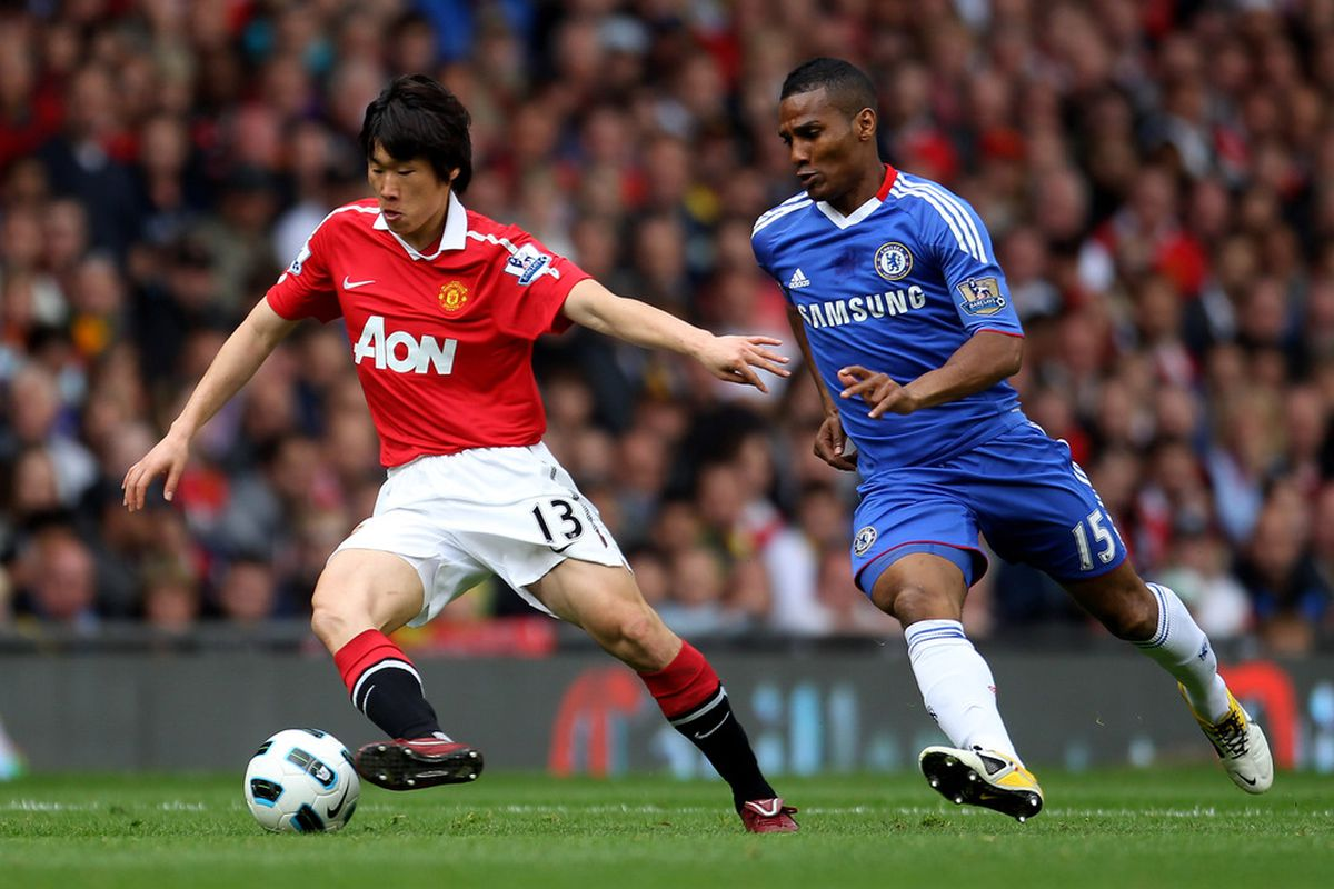 Park Ji-sung's bromance with Patrice Evra will likely continue for a few more seasons (Photo by Alex Livesey/Getty Images)