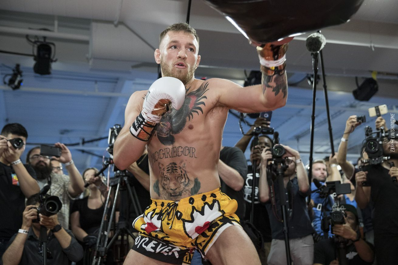 Conor McGregor opens as massive underdog in potential boxing match with Manny Pacquiao