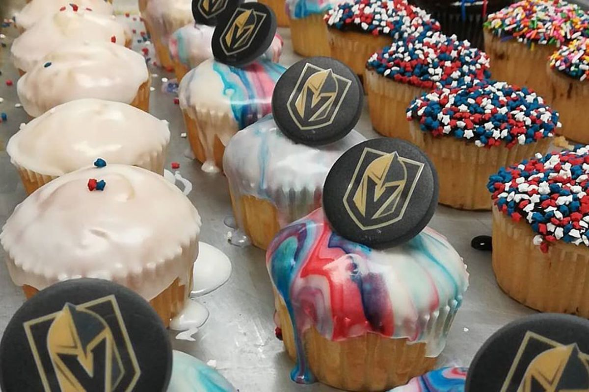 A collection of cupcakes including tributes to the Vegas Golden Knights, found at Centennial's Retro Bakery.