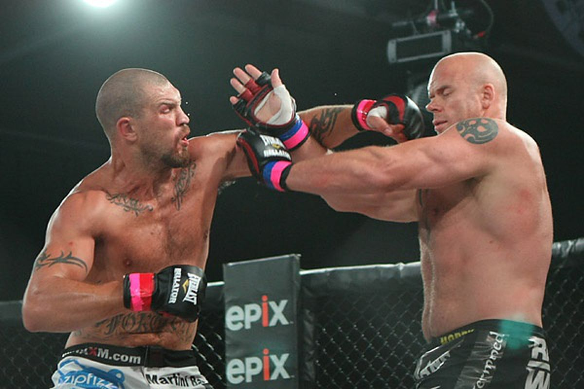 Mike Hayes (left) defeated Neil Grove via split decision in the main event of Bellator 52. (Photo by Keith Mills/Sherdog.com)
