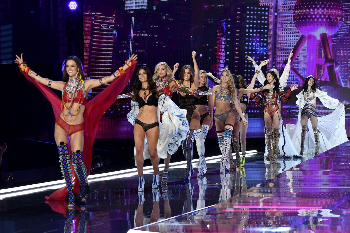 Models walk the runway at the Victoria's Secret Fashion Show 2017