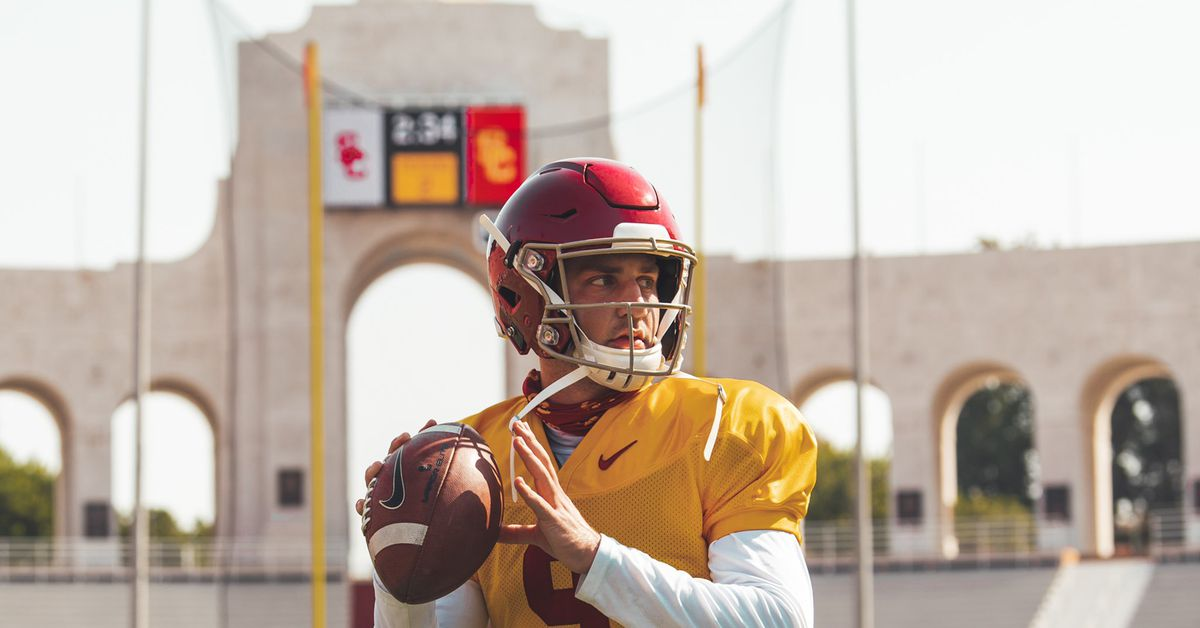 USC families petitioning to attend football games this fall
