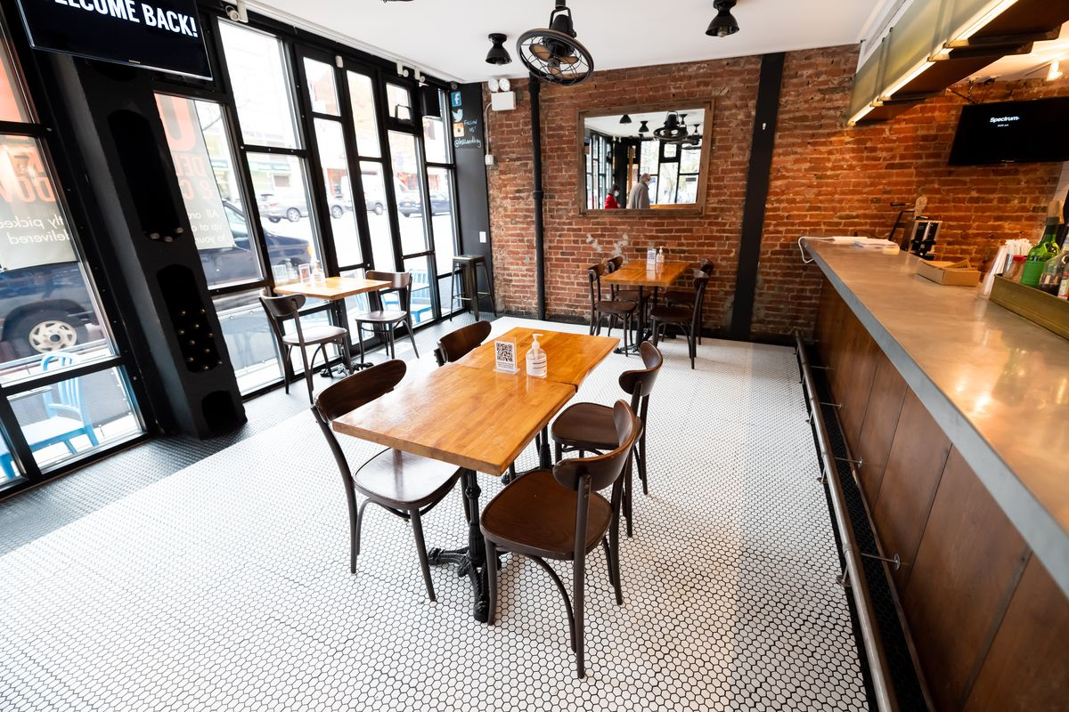 A view of a socially distant table set up at Hill and Bay restaurant and bar in Kips Bay as the city continues the re-opening efforts following restrictions imposed to slow the spread of coronavirus on November 11, 2020 in New York City.