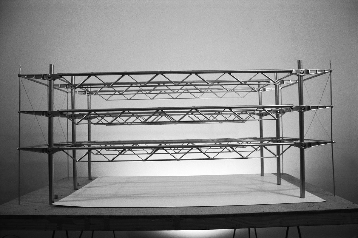 Explanatory model of the building structure of the Centre Pompidou
