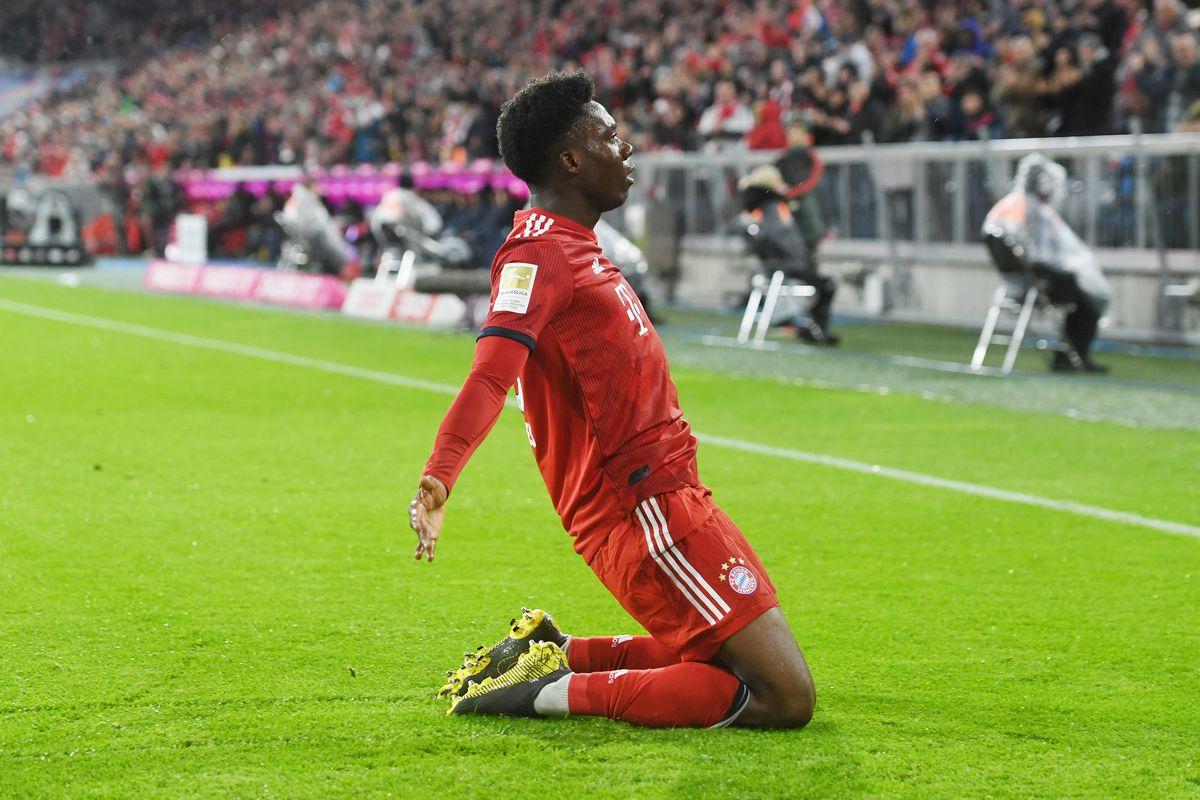 17 March 2019, Bavaria, München: Soccer: Bundesliga, FC Bayern Munich - FSV Mainz 05, 26th matchday in the Allianz Arena. Alphonso Davies of FC Bayern Munich rejoices over his goal to 6:0.