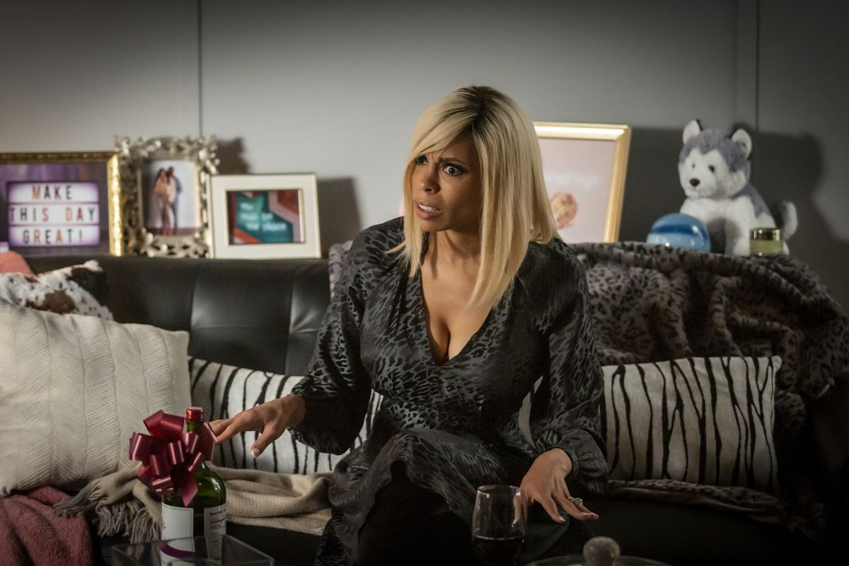 """Ciera Payton portrays Wendy Williams in a scene from """"Wendy Williams: The Movie,"""" premiering Jan. 30 on Lifetime."""