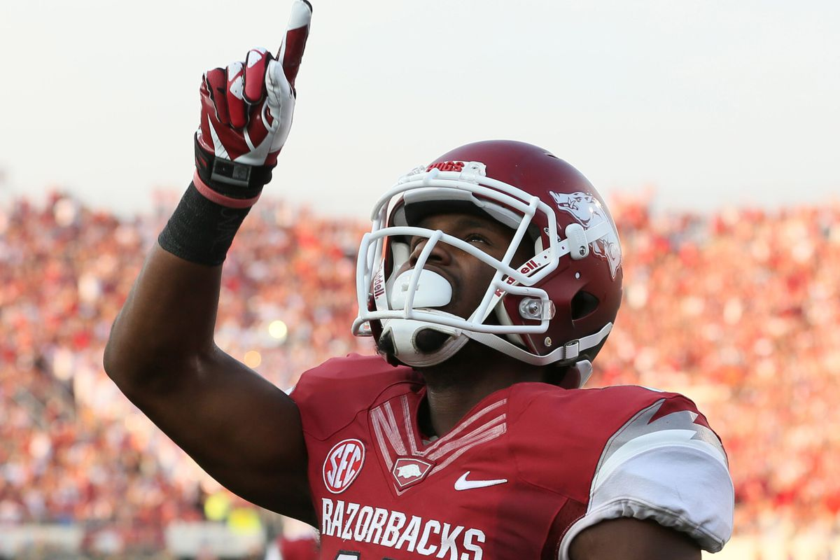 Arkansas will play one, not two, games a year in Little Rock through 2018.