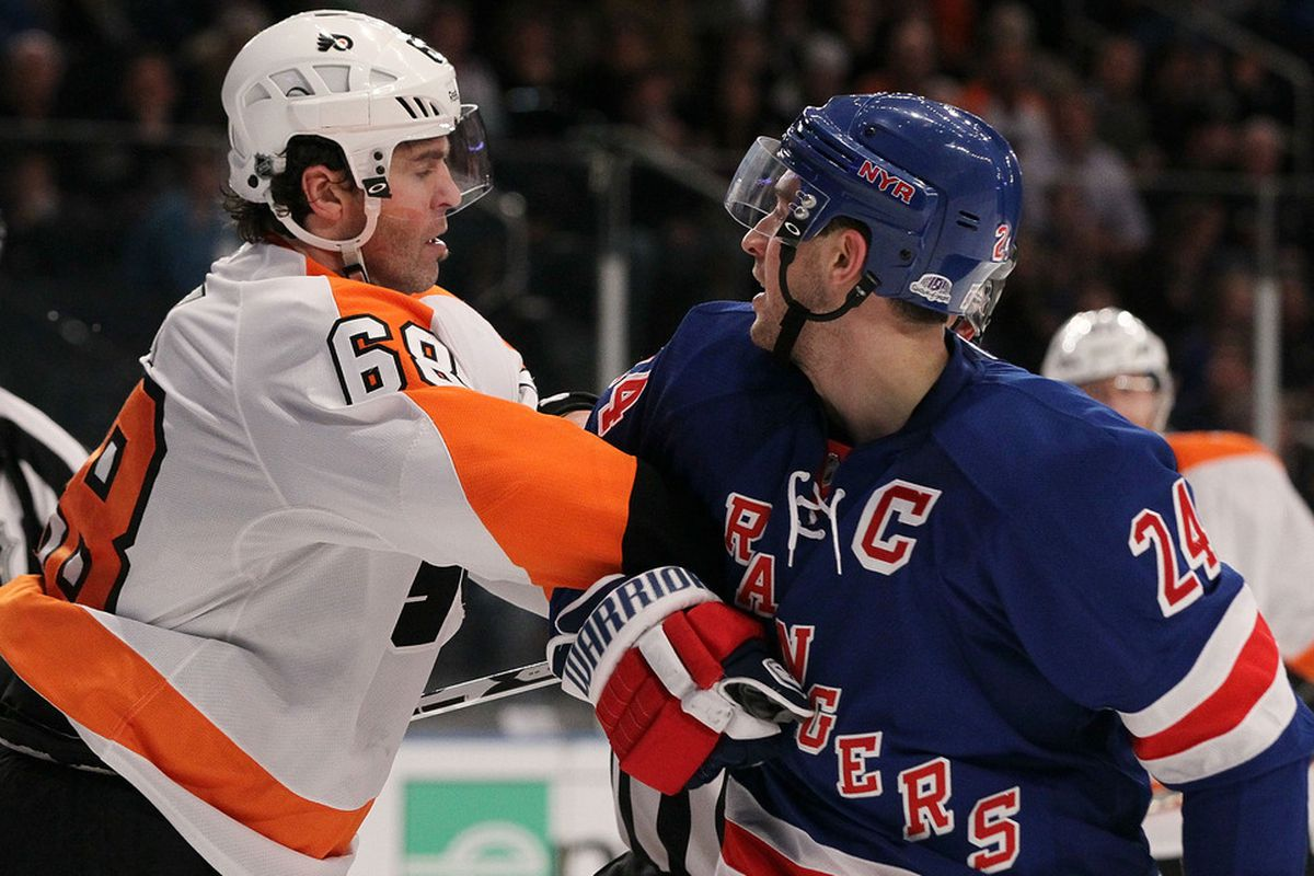 NEW YORK, NY - DECEMBER 23:  Jaromir Jagr #68 of the Philadelphia Flyers has words with Ryan Callahan #24 of the New York Rangers on December 23, 2011 at Madison Square Garden in New York City.  (Photo by Jim McIsaac/Getty Images)