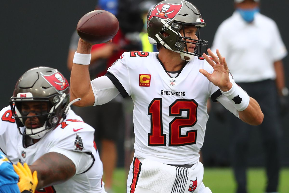 Buccaneers At Bears Thursday Night Football Game Time Tv Channel Odds Live Stream Radio More Big Blue View