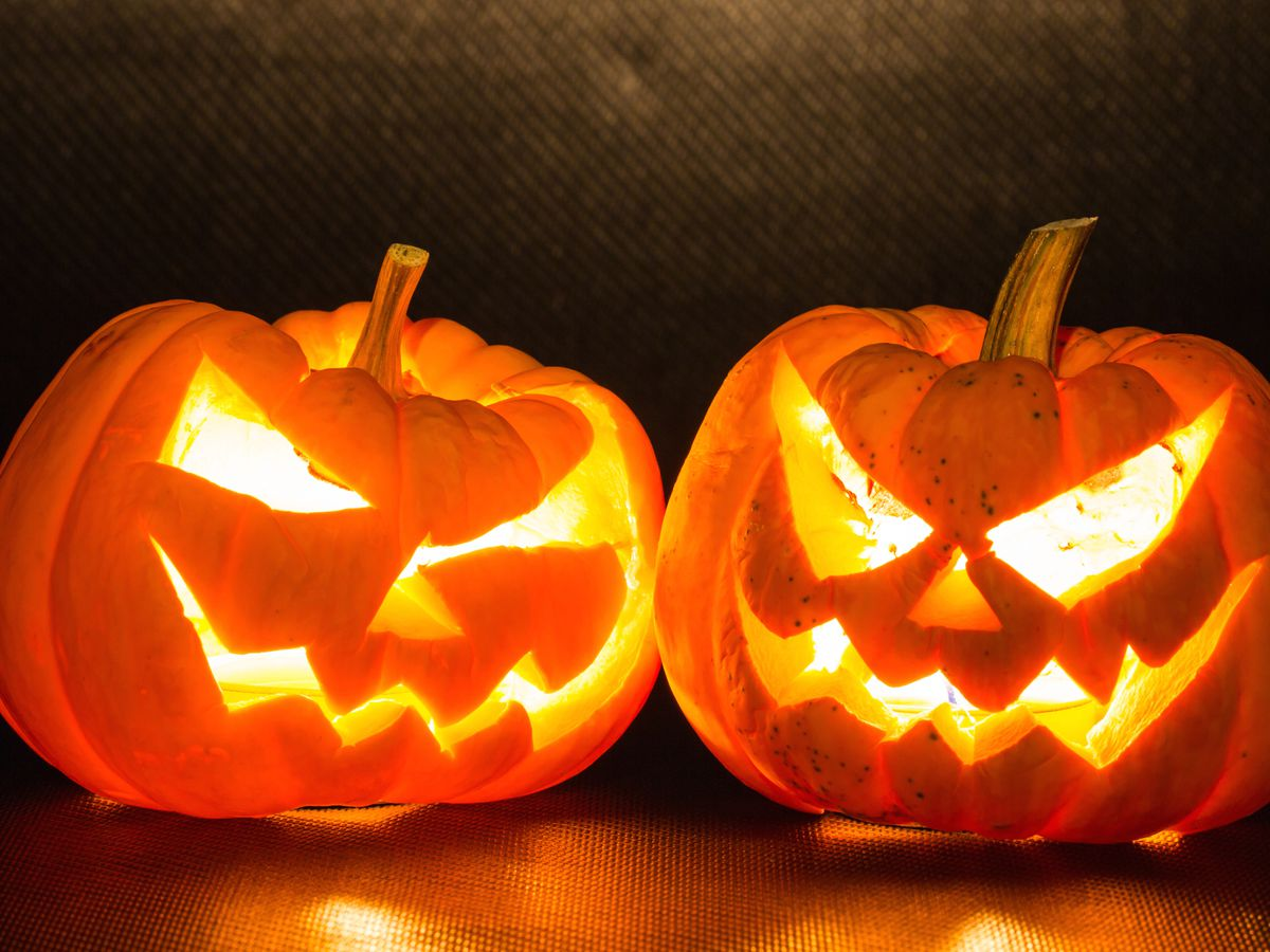 time to carve your halloween plans shutterstock - Where To Celebrate Halloween