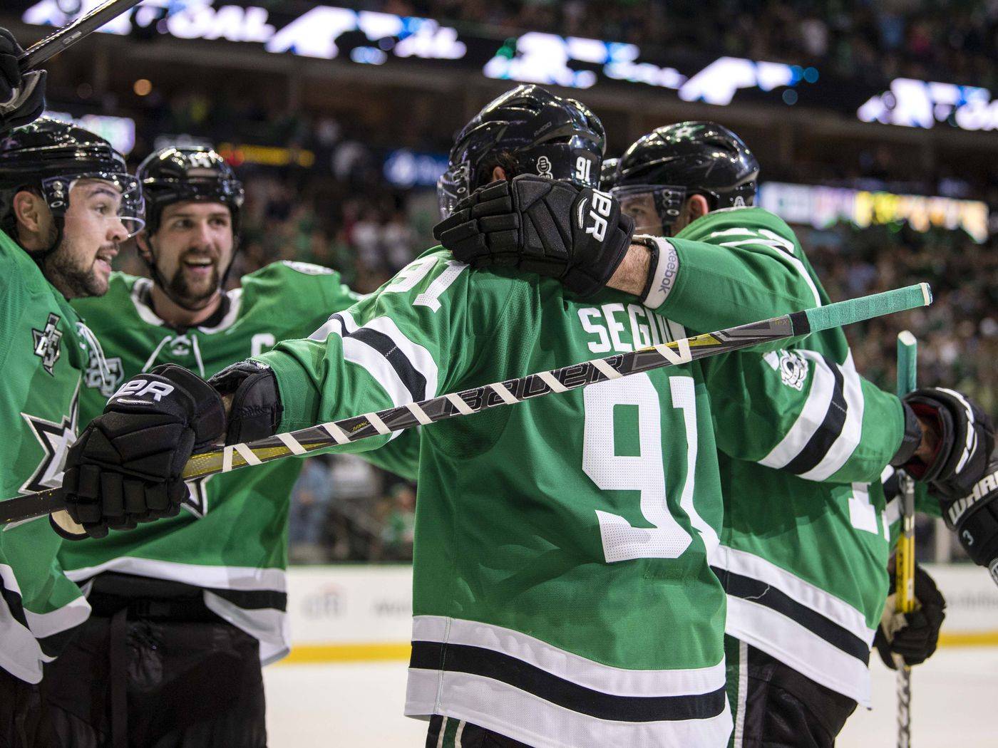 ef918fb8365 Tyler Seguin Notches Gordie Howe Hat Trick In Stars Win Over Avalanche