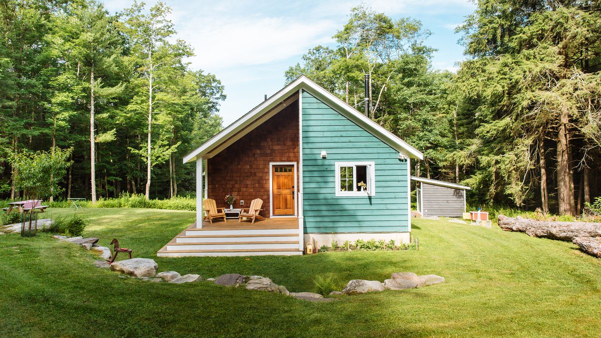 A Tiny Cabin In An All American Town Offers Designer