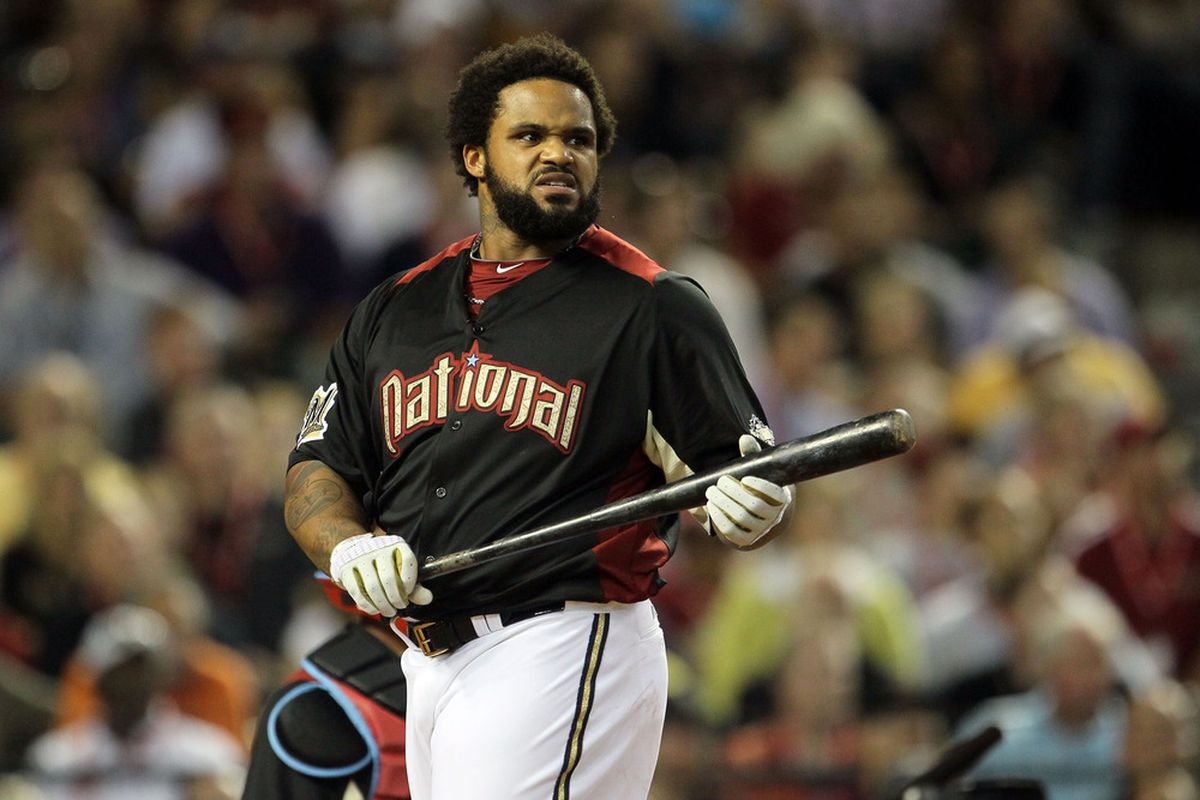 PHOENIX, AZ - JULY 11:  National League All-Star Prince Fielder #28 of the Milwaukee Brewers participates in the 2011 State Farm Home Run Derby at Chase Field on July 11, 2011 in Phoenix, Arizona.  (Photo by Jeff Gross/Getty Images)
