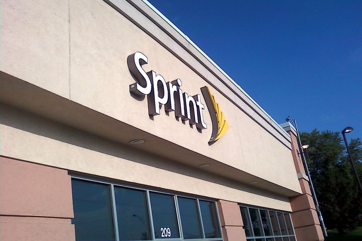 Sprint sues Comcast, TWC, and other cable companies over digital