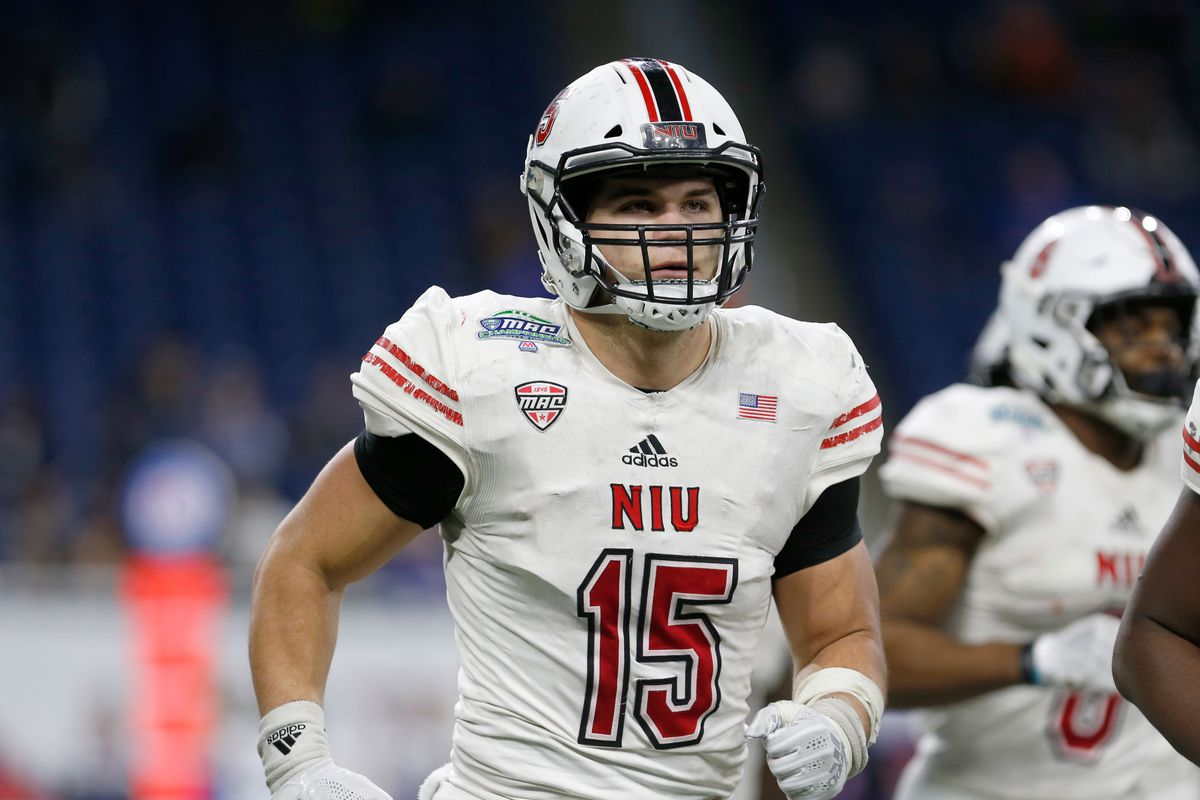 low priced a0983 07e56 2019 NFL Draft Profile: Sutton Smith, DE/OLB, Northern ...