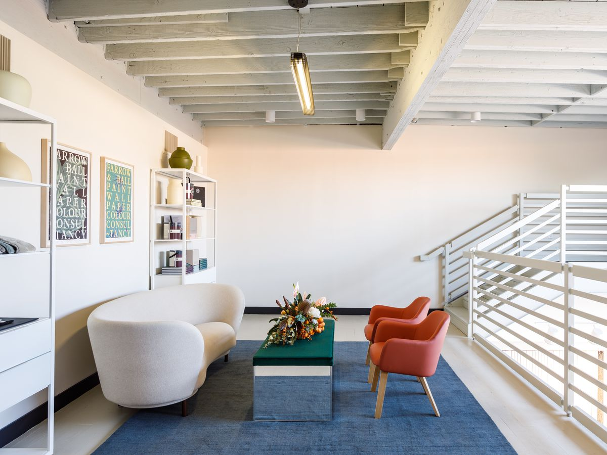 The Second Level Lounge At Farrow Ball S New Project Room Designed Los Angeles Showroom Includes Custom Prints By Artist Michael Dopp Left Made