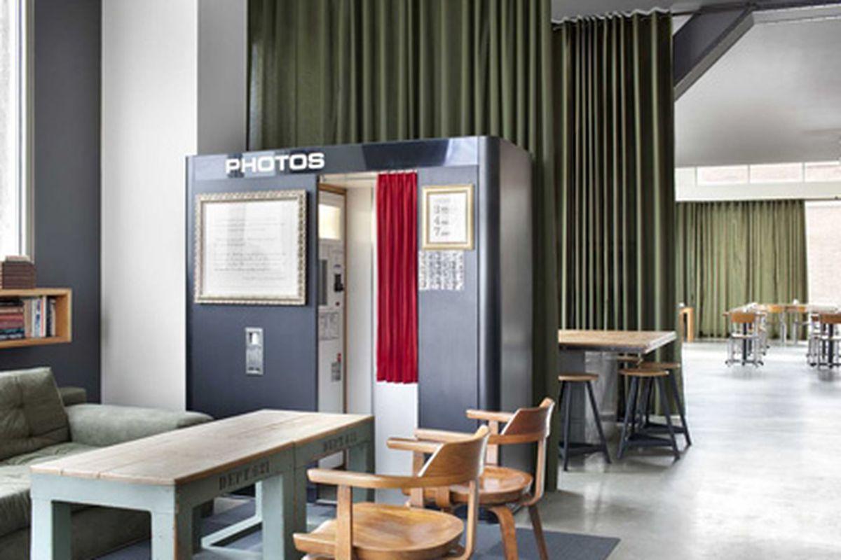 """West Egg Cafe. Photo courtesy of F<a href=""""http://finderskeepersmarketinc.blogspot.com/2011/07/west-egg-atlanta.html"""">inders Keepers Market</a>."""