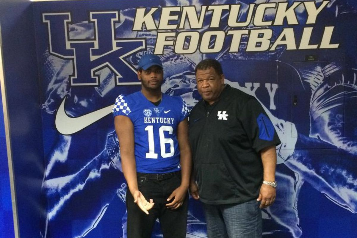 2013 Recruits Uk Basketball And Football Recruiting News: Phil Hoskins Commits To Kentucky Wildcats