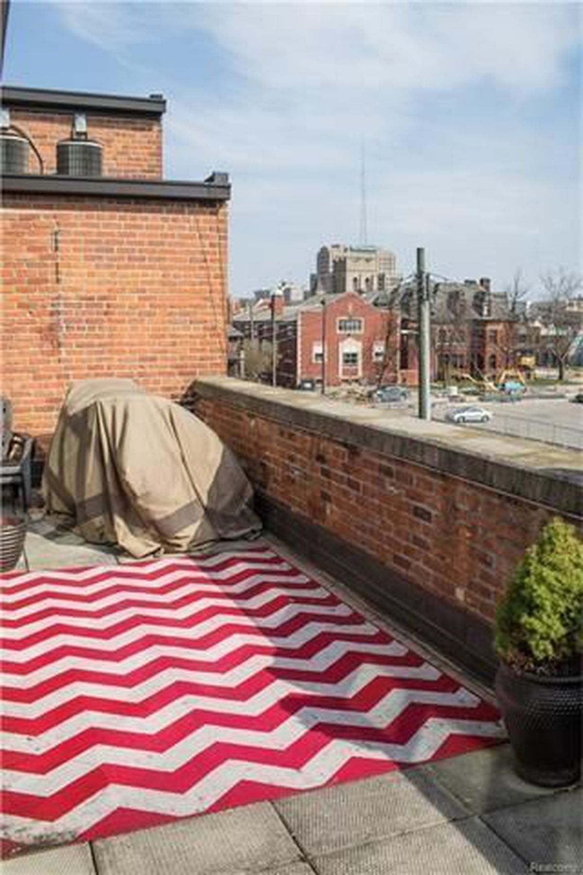 Hamptons Real Estate Showcase: For $329K, A One-bedroom Canfield Loft