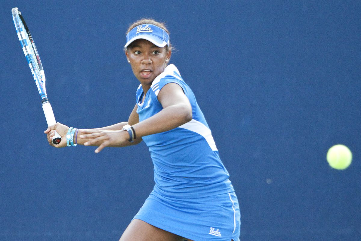Robin Anderson, #1 singles for the defending national champions