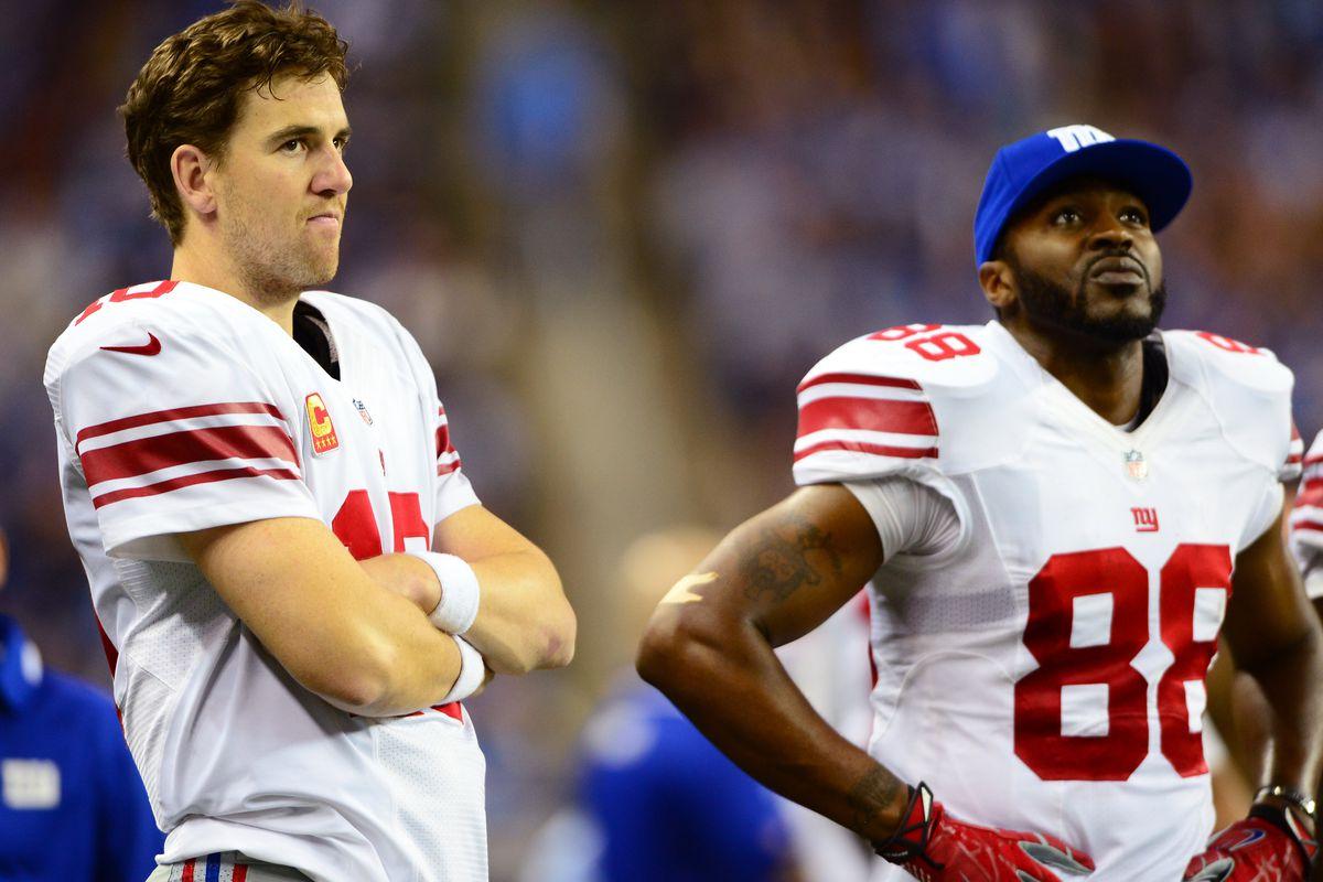Eli Manning (left) and Hakeem Nicks (right)