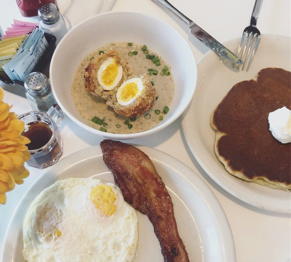 Breakfast at Phoebe's Diner