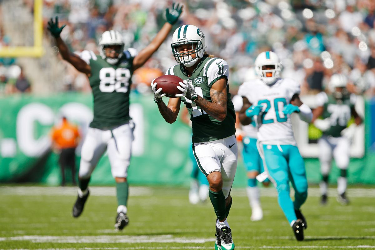 Robby Anderson of the New York Jets catches a touchdown pass against the Miami Dolphins during the first half of an NFL game at MetLife Stadium on September 24, 2017 in East Rutherford, New Jersey.