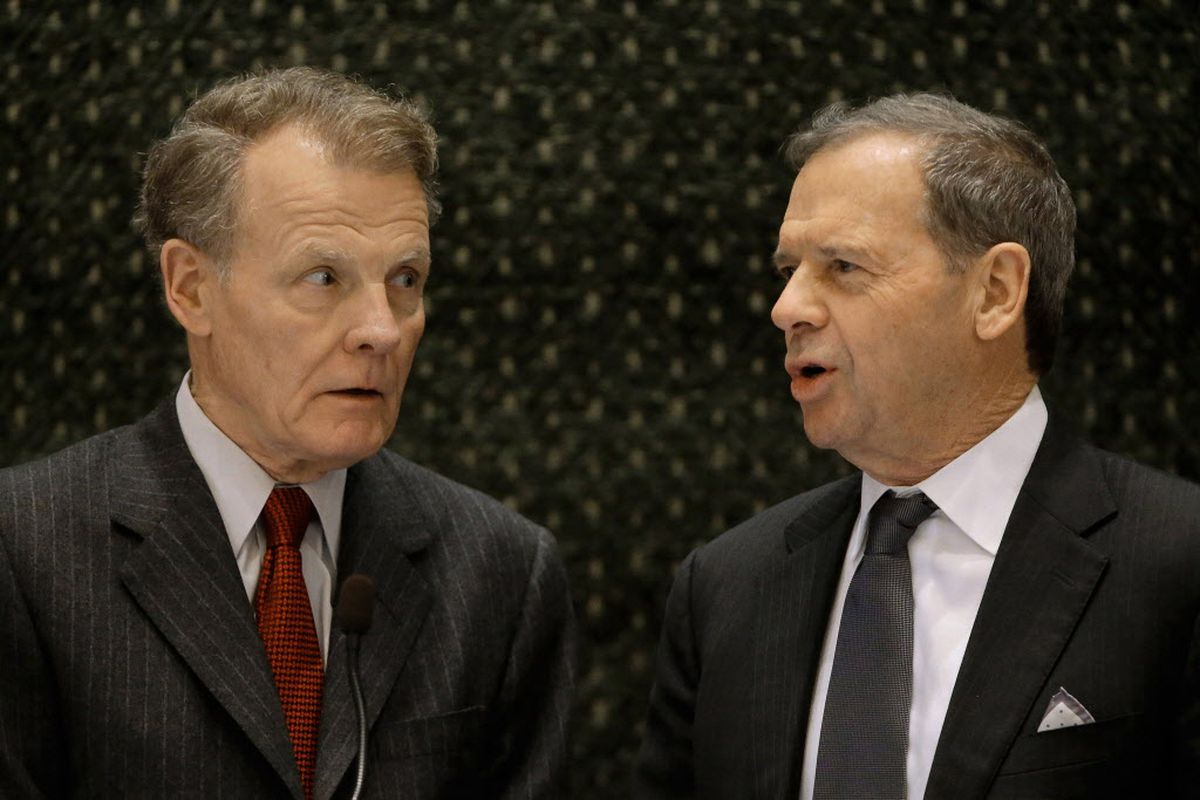 Speaker of the House Michael Madigan, D-Chicago, left, and Senate President John Cullerton, D-Chicago, right, in 2015. File Photo. (AP Photo/Seth Perlman)