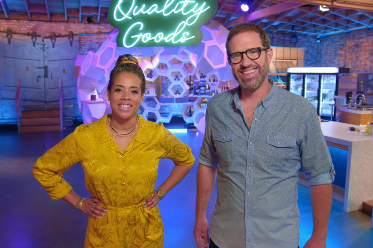 """""""Cooked With Cannabis"""" show hosts Kelis (left) and Leather Storrs."""