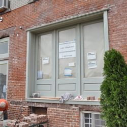 """A new Mediterranean restaurant coming to Greenpoint, via <a href=""""http://www.dnainfo.com/new-york/20121001/greenpoint/mediterranean-restaurant-heads-newtown-creeks-edge"""">DNAinfo</a>."""