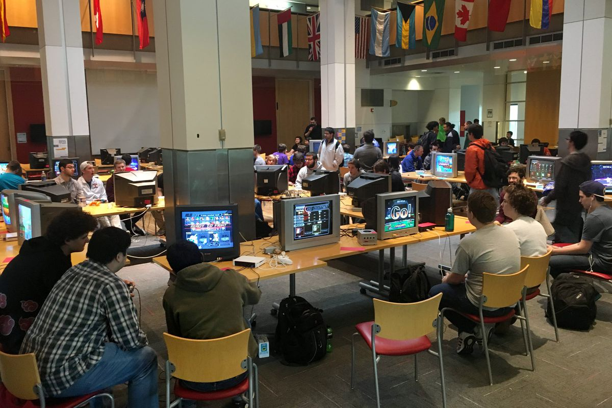 Inside The Desperate Fight To Keep Old Tvs Alive Verge International Dt466 Truck Wiring Diagrams Primus Provides Crts Gaming Events Like This Photo By Ian