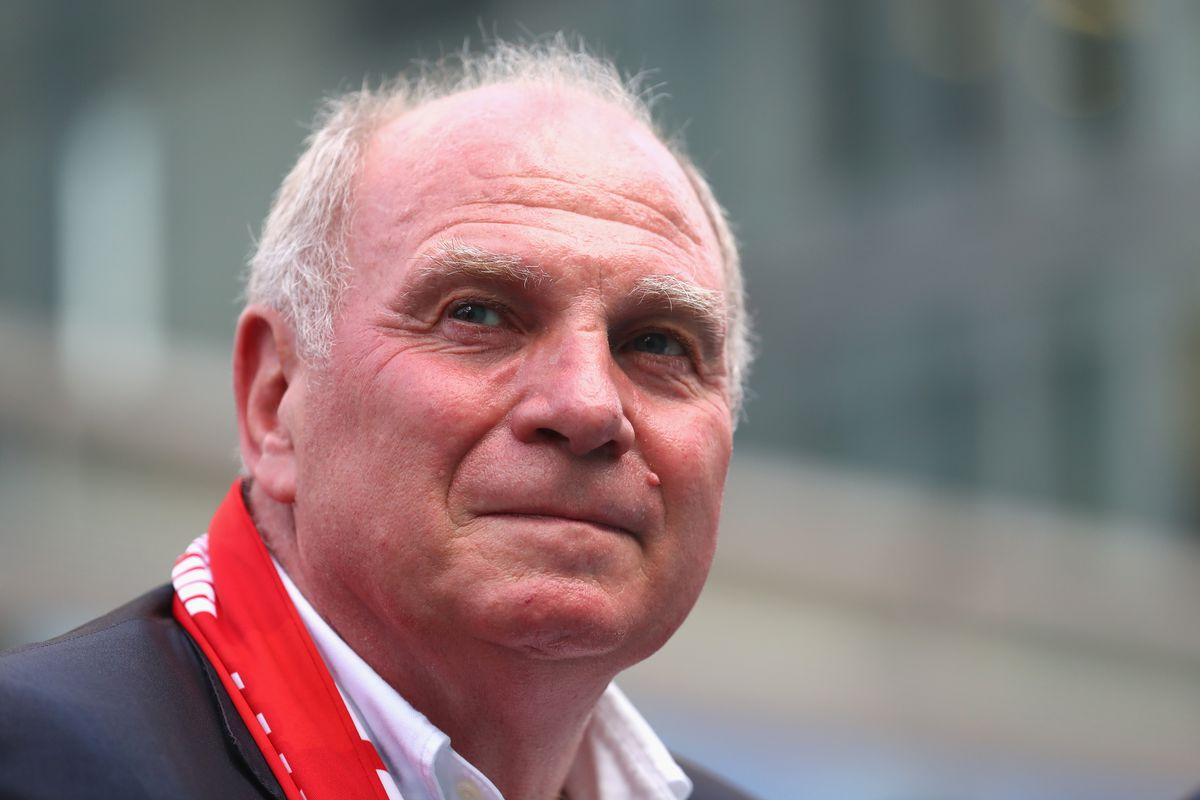 SHANGHAI, CHINA - JULY 20: Uli Hoeness, President of FC Bayern Muenchen visit the Siemens customer day 2017 during the Audi Summer Tour 2017 on July 20, 2017 in Shanghai, China. (Photo by Alexander Hassenstein/Bongarts/Getty Images)