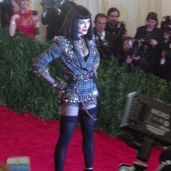 "Madonna <a href=""https://twitter.com/Videofashion/status/331567668316471296/photo/1"">NBD</a>."