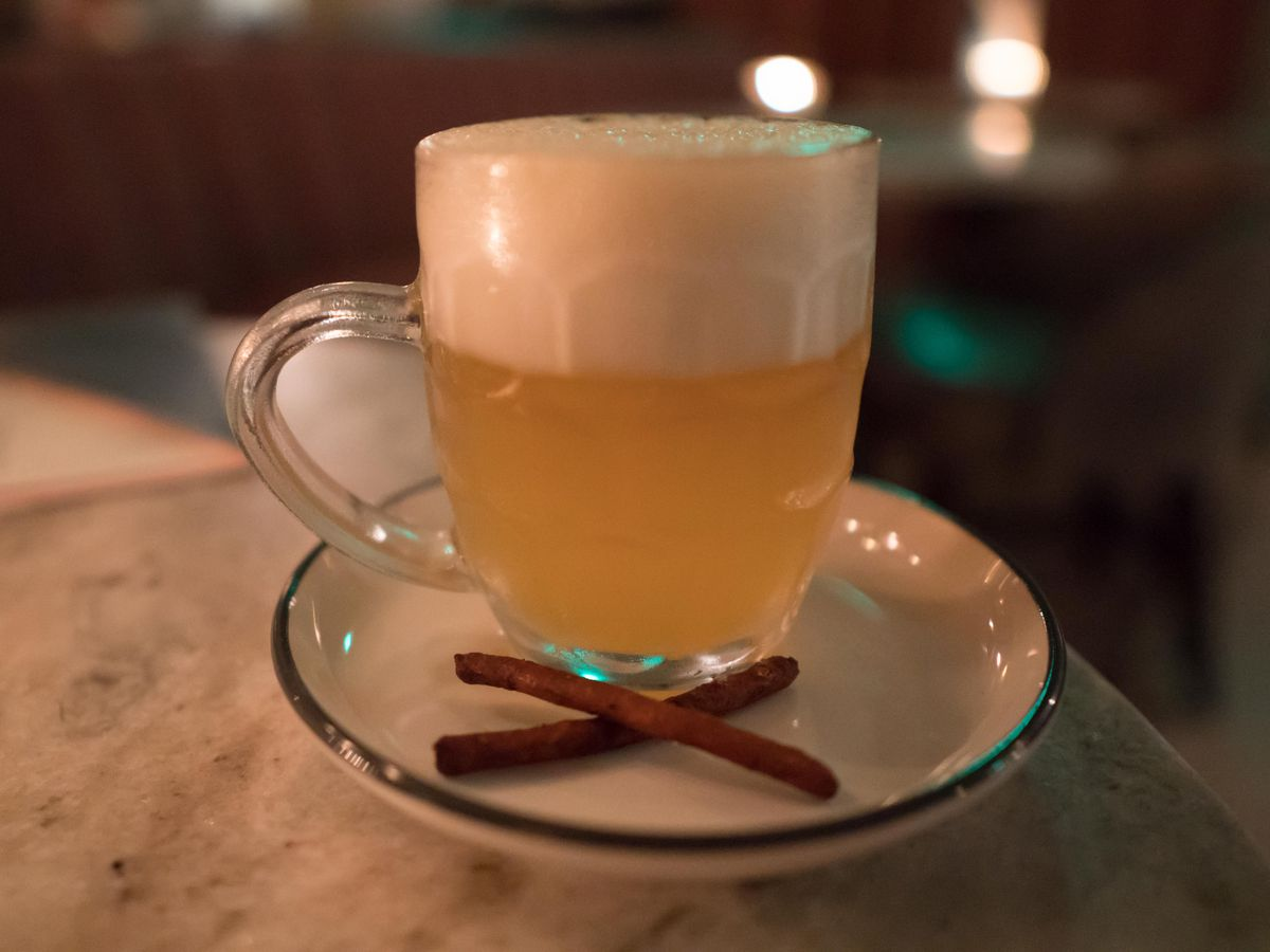 Abigail Hall uses Smith Meadow tea with citra hops and lemon juice in its hopped-chamomile fizz