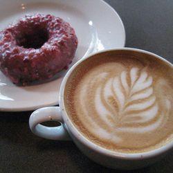 "<b>Latte</b>: Espresso, with velvety steamed milk, thinner than a cappuccino. (<a href=""http://www.vanillalatte.com/vanilla-latte/"" rel=""nofollow"">Photo</a>)"