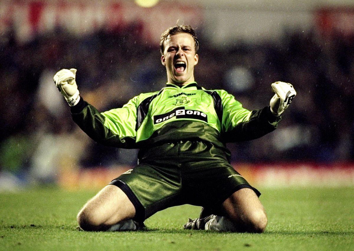 Thomas Myhre of Everton celebrates