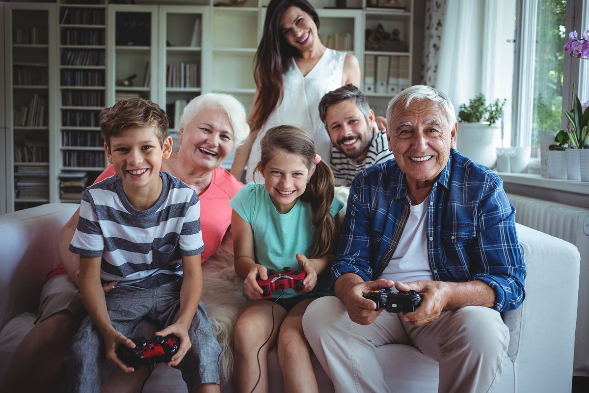 games gaming playing thanksgiving play friends orbit wireless shutterstock esb professional